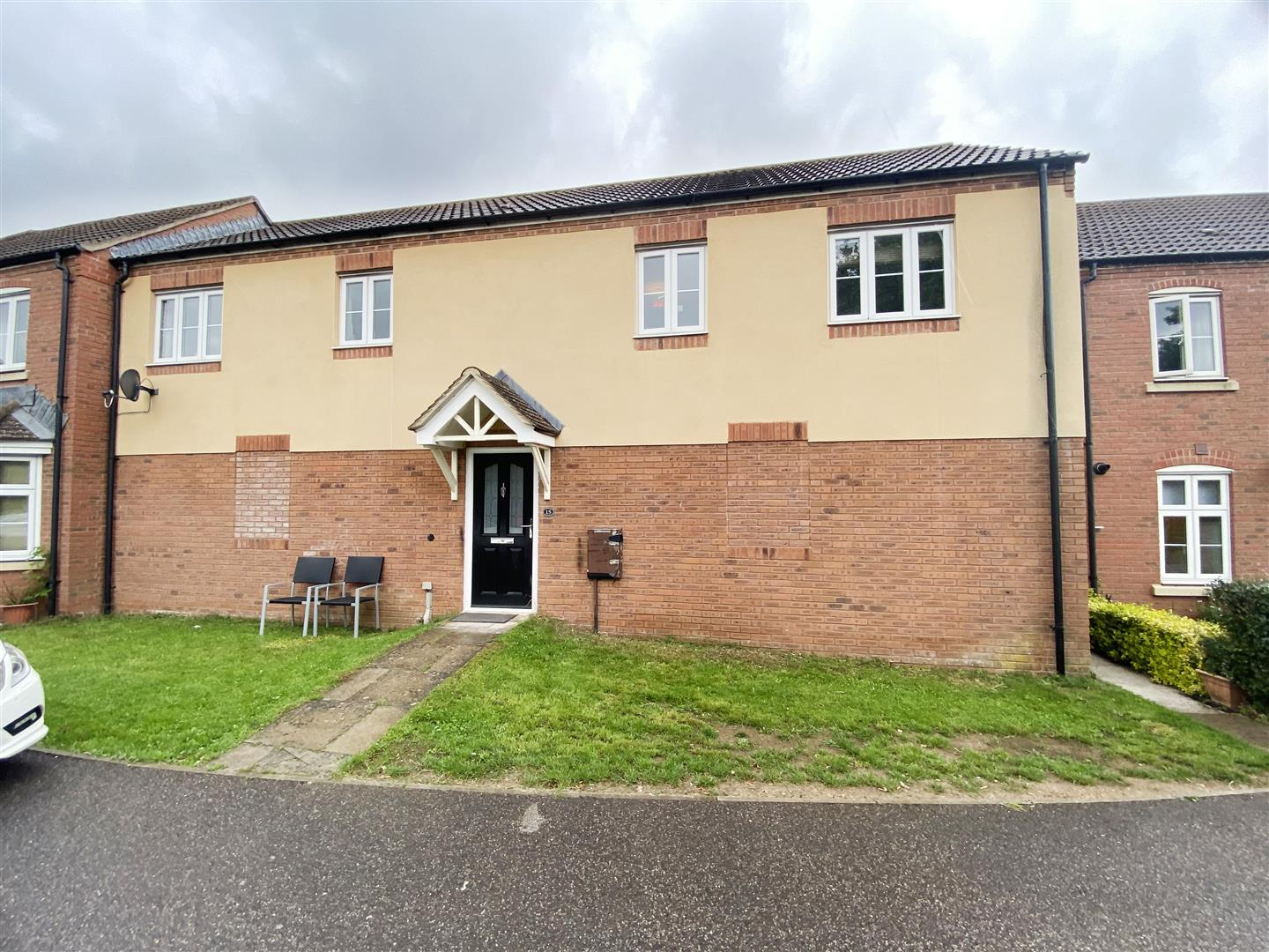 2 bedroom  coachhouse for sale